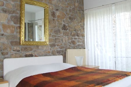 Chambre dans maison sur l'ile  - Ile aux moines - Dom