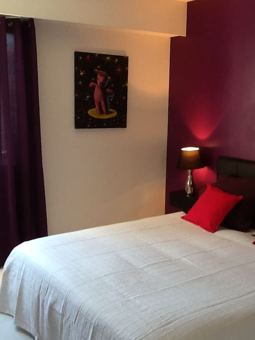 A lovely room B&B near Nice port...
