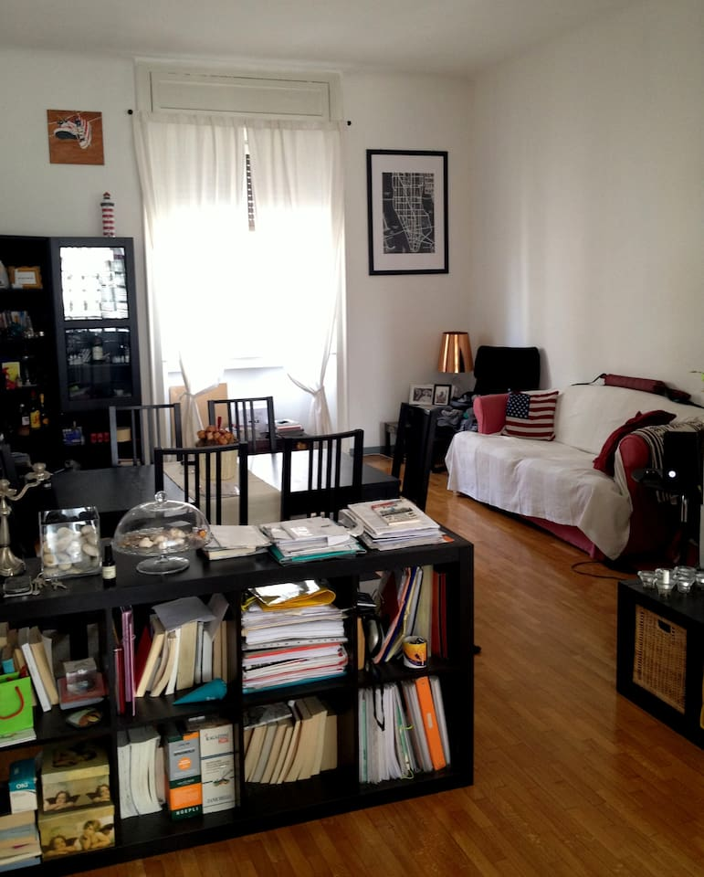 Living room / Salotto (SofaBed - Divano Letto  - Tavolo 6 posti / 6 places table)