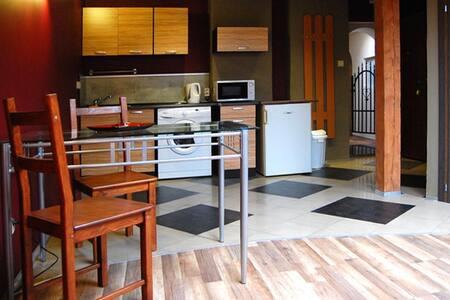STUDIO APARTMENT for 2 CASA ROJA - Cracovia - Appartamento