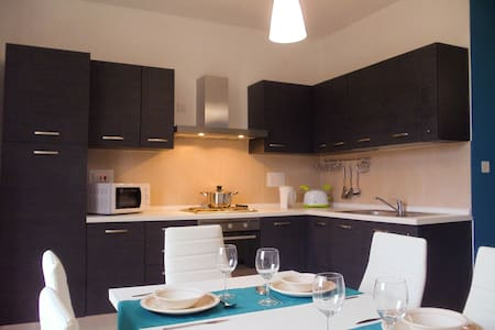 A large bright 3-bedroom apartment