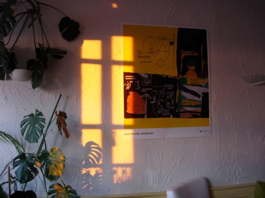 Le soleil le matin dans le salon
