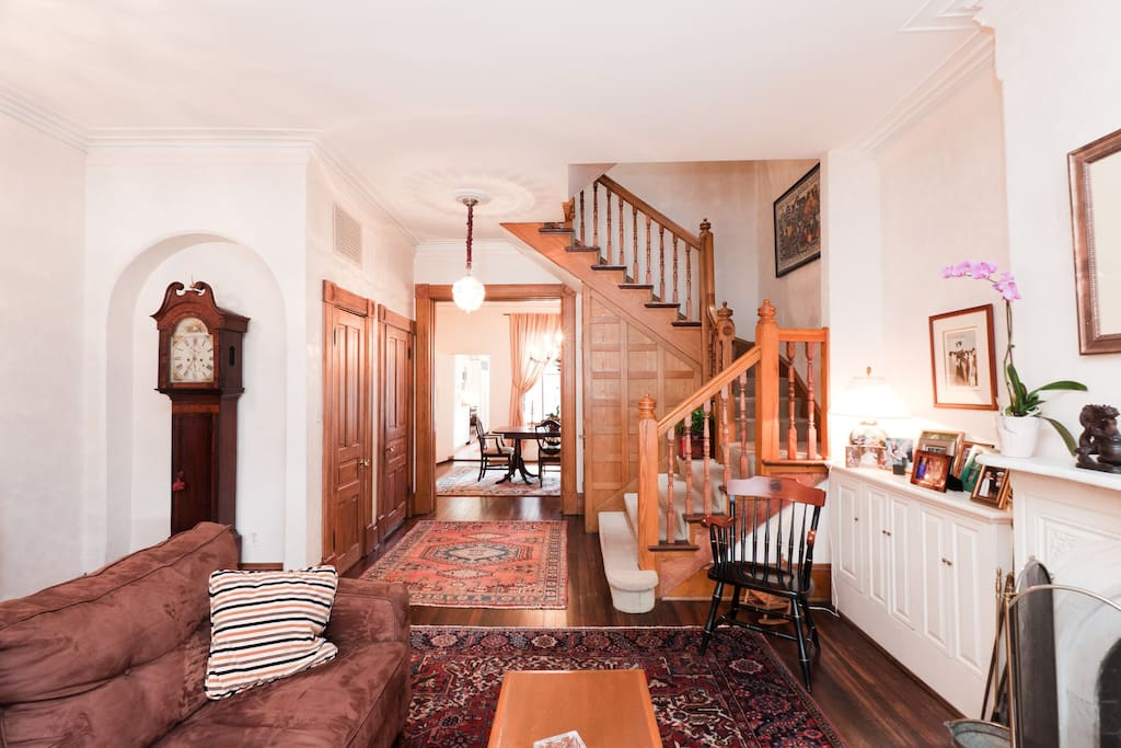 Elegant dupont circle townhouse townhouses for rent in for M dupont the dining rooms lyrics