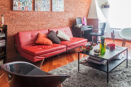 Great 2 bed apt by cool 'T' area - Bogotá - Appartamento