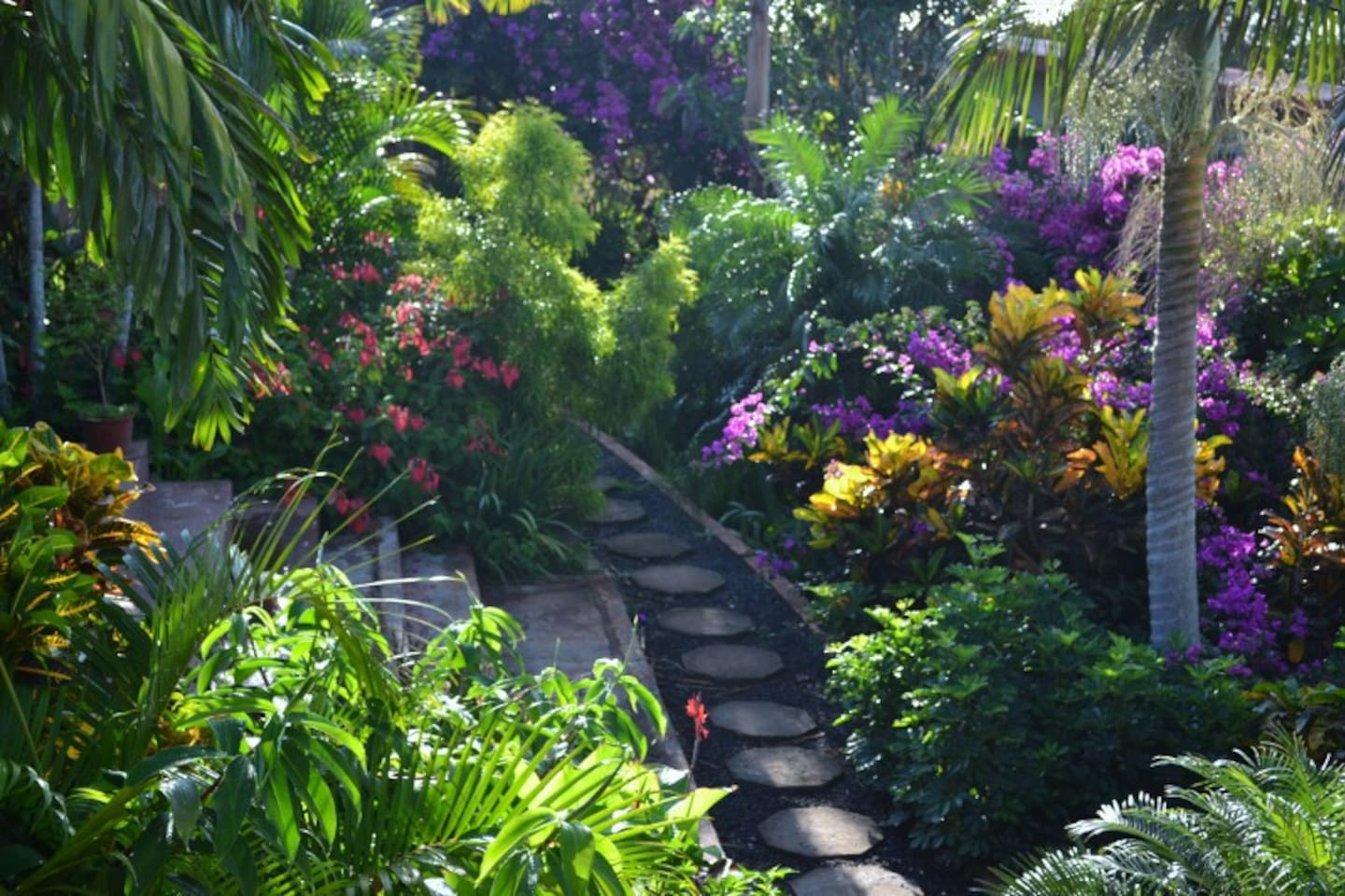 Luxurious Gardens to stroll and explore