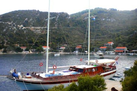 ~Yacht~Croatia~Split~Dubrovnik~ - Dubrovnik - Barco