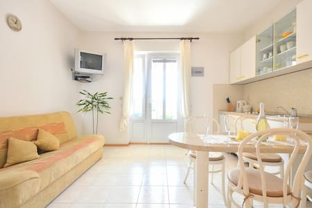 Apartments Regina- Studio apartment - Bol - Apartment