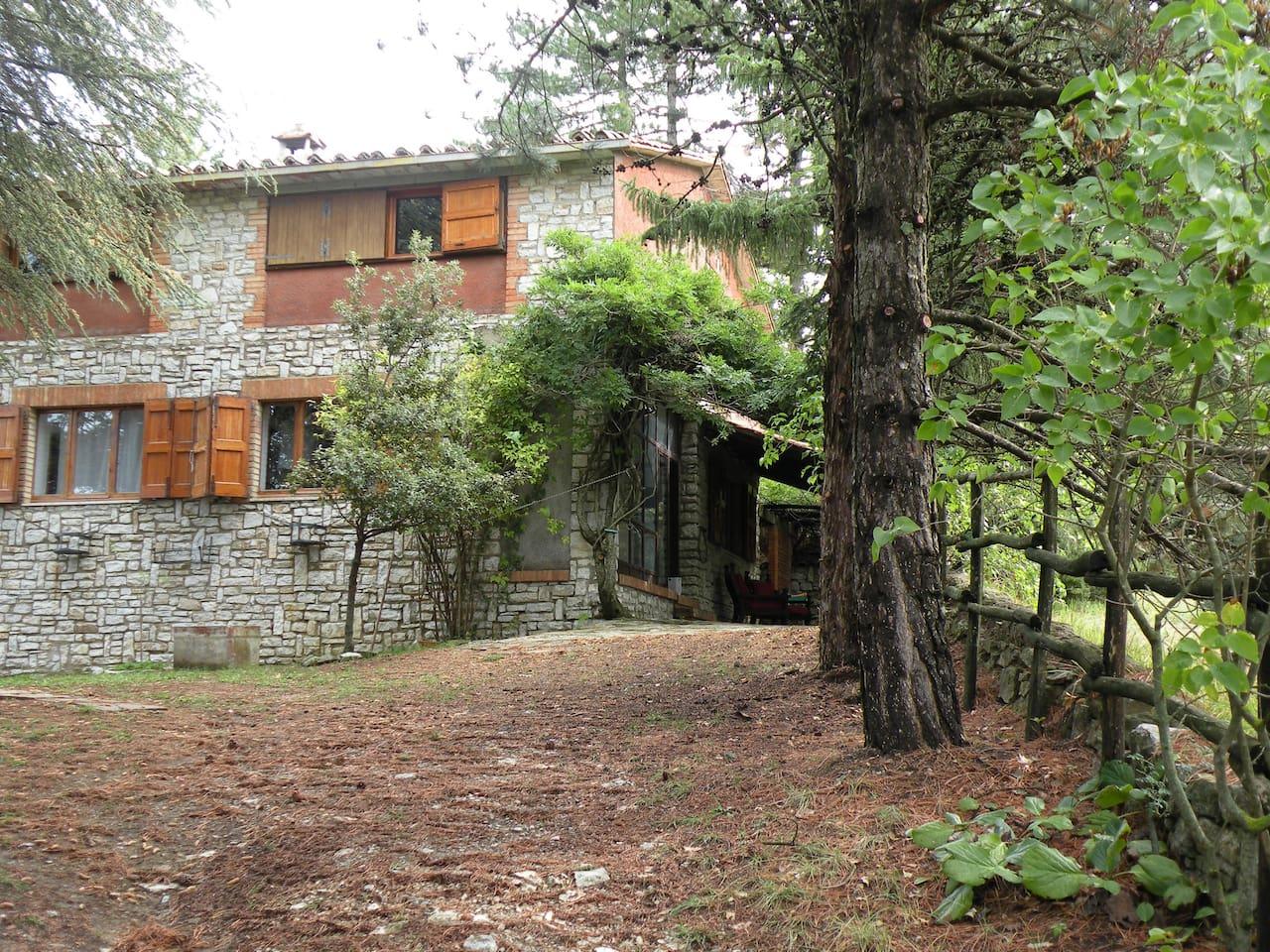 visione esterna della casa