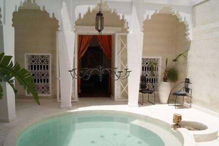 Riad Thalge in Medina - Master Room - Marrakesh - Villa