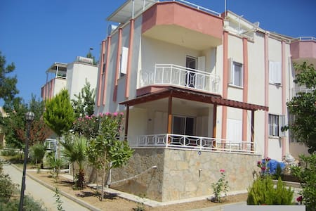 TRIPLEX VILLA CLOSE TO BEACH,CENTR