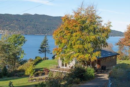 Fjord Paradise, Bjoa/Haugesund - Bed & Breakfast