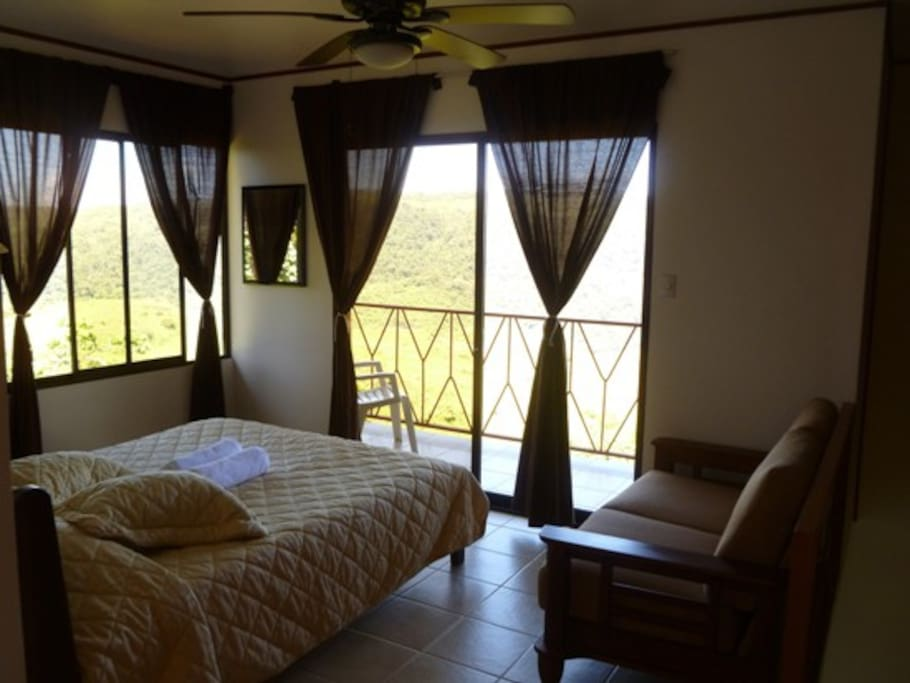 Bungalow with queen bed, sofa, private terrace, private bathroom, coffee maker, WiFi. All besd have orthoprdic matresses.