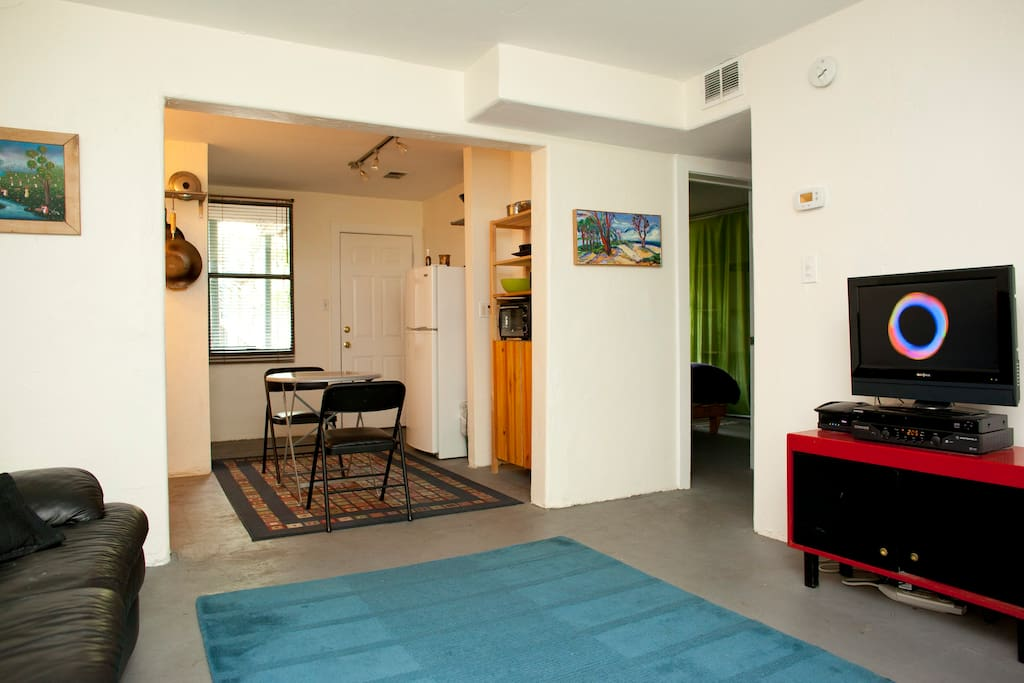 Cable TV and Internet Movies, Cozy leather couch, well equipped kitchen and comfortable bed