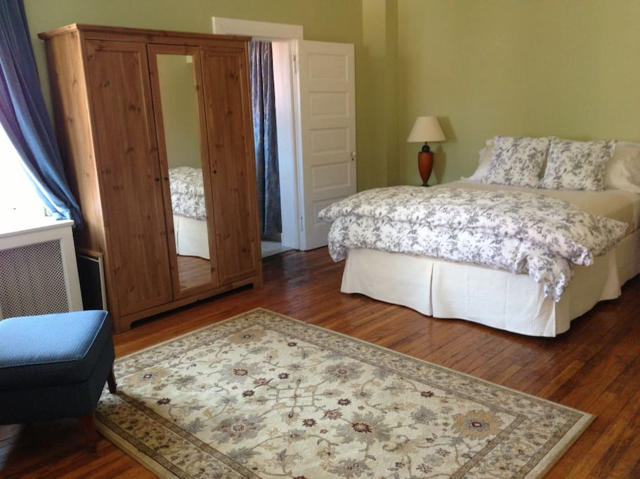 Another Charmer in Charm City - 1BR