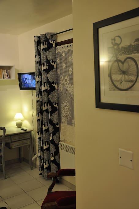 Avignon old city furnished studio