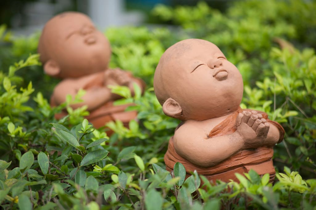 Garden ornaments- young monks