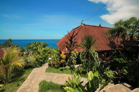 warung ary and homestay room 4 - Karangasem - Bed & Breakfast