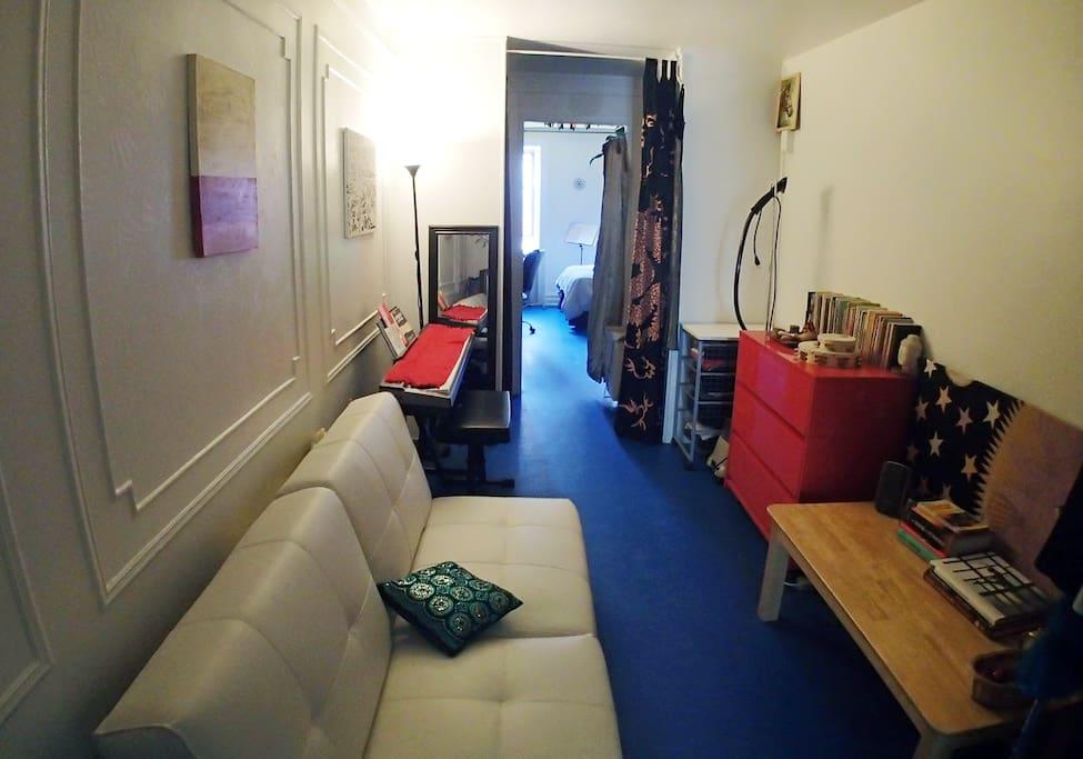 Cozy railroad apt appartamenti in affitto a new york for Appartamenti in affitto per vacanze a new york