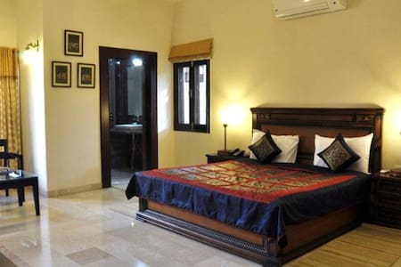Good Private Rooms in Agra - Szoba reggelivel