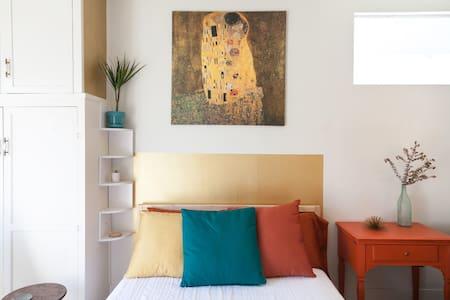 Coronado mid century modern private studio - Μπανγκαλόου