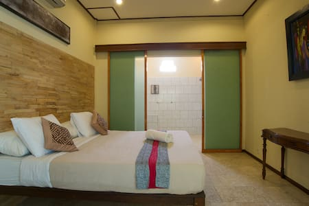 1 Bedroom Private Pool in Seminyak - kuta  - House