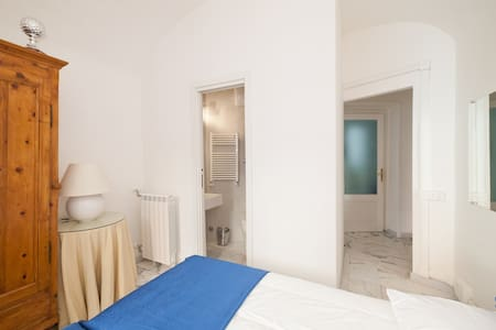 2 be home Colosseo b&b ensuite - Apartment