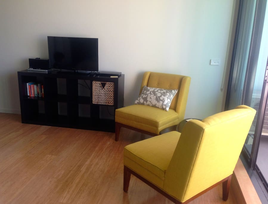 Stylish St Kilda Studio (Brand New)