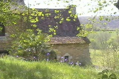 Authentic Périgord house - Ev