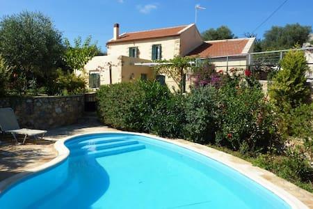 Villa Vigla, Samonas, Crete - House