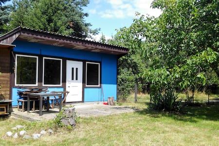 Blaues Wunder in Ladeburg - Bungalow