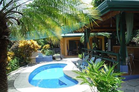 Ocean view, Pool, fun! - Casa Mango - Sámara - House