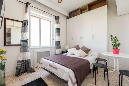 Fantástico apartamento con vistas en Madrid Río - Appartement