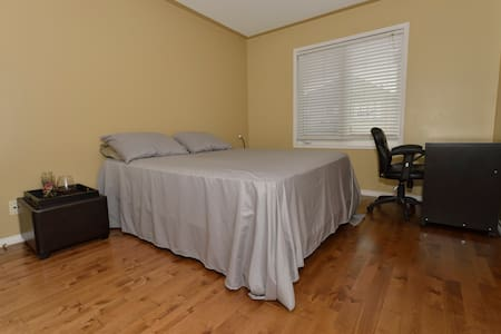 1-Bedroom Suite in Markham - Haus