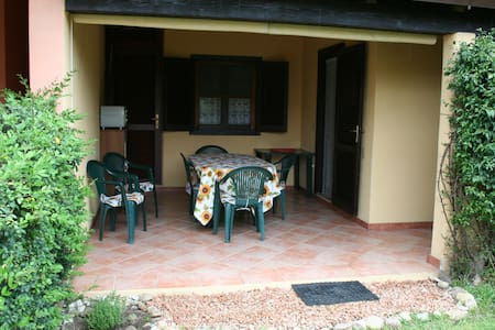 Holiday flat 500 m from beach - Appartement