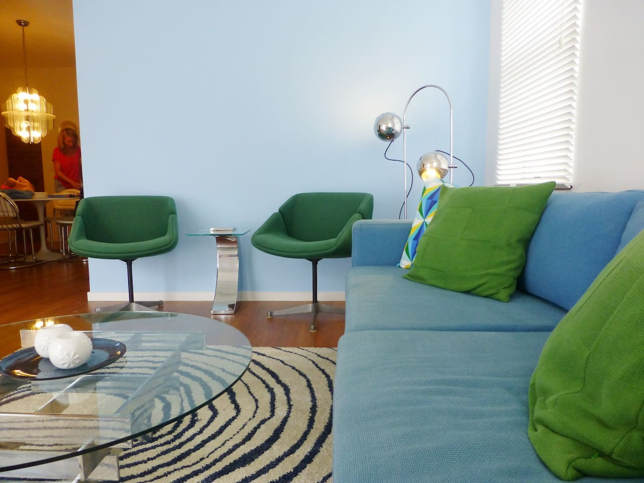 Home away from home: Design living, 60ies meets Jonathan Adler