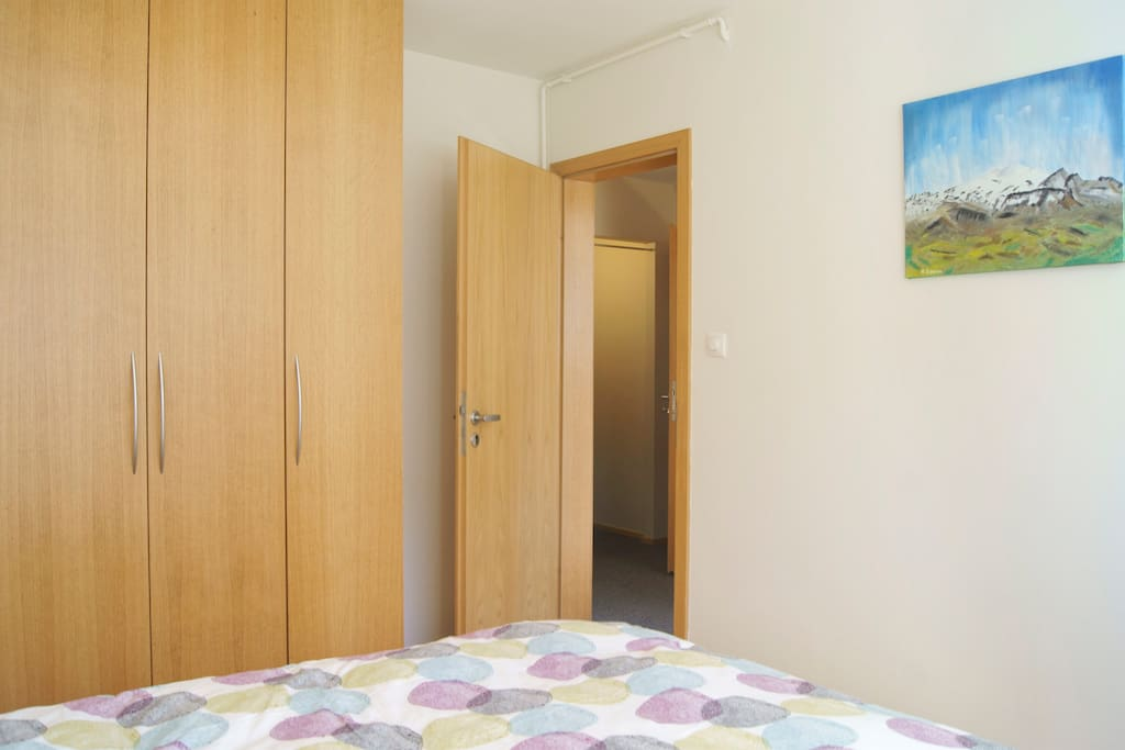 Cosy apartment ,centrally located.