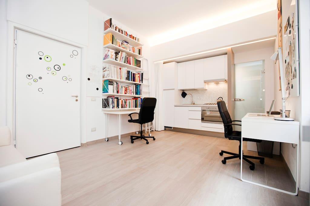 Design apartment milan city center duomo apartments for Design apartment milano city center duomo