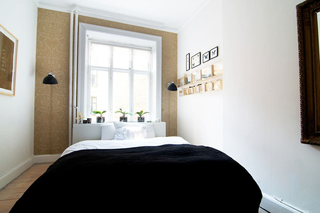 Bed room - access when renting the apartment