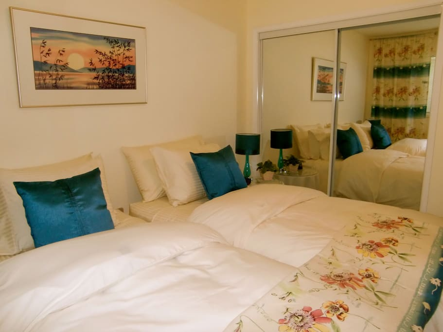 The Moon Reeds Room, named for the featured beautiful watercolour painting by local artist, Michaela Davidson