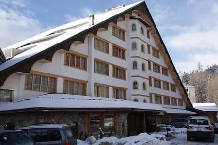 4*** hotel apartment with pool! - Crans-Montana
