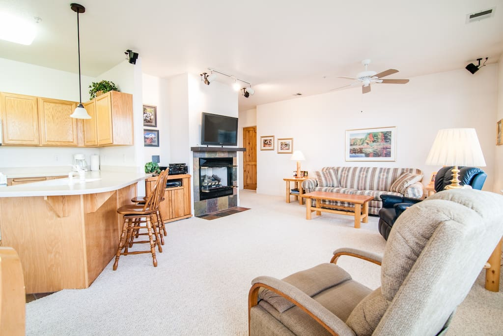 Nice size living room with recliners for relaxing and pull out sofa