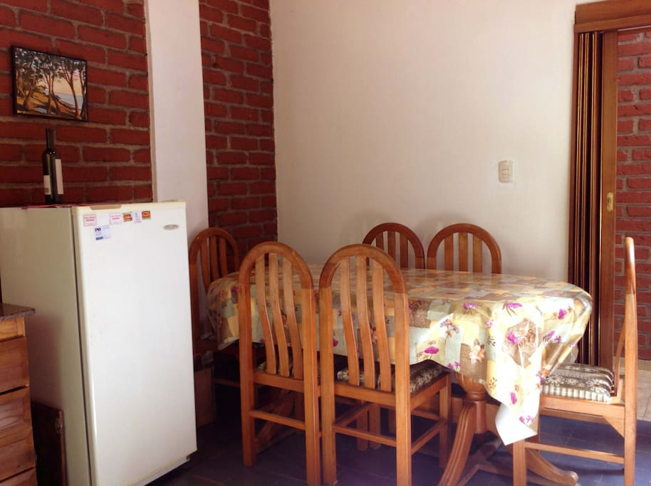 Dining suite, oak furniture