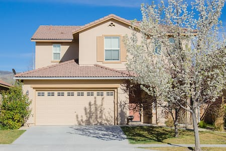 Golf Community Near Reno - Sparks - Hus