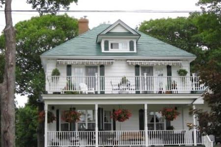 TeaMac Manor - Apartment