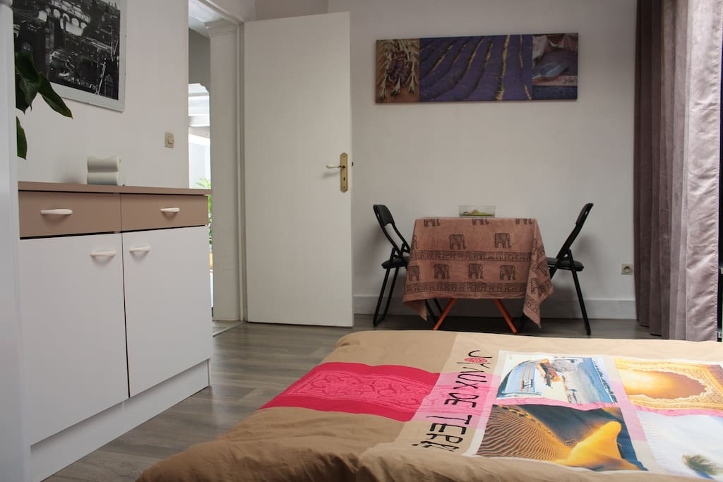 room to rent (1-2 persons)
