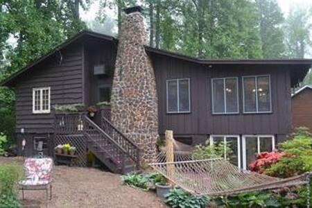 Chesapeake Bay Cabin Retreat - Port Republic - House