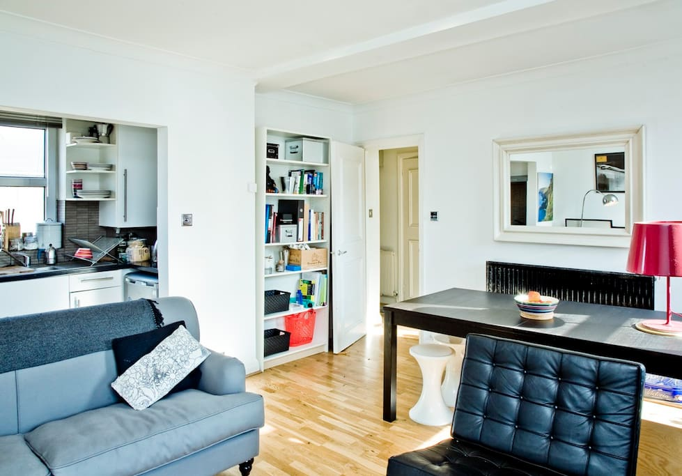 Gorgeous Period Flat, Notting Hill