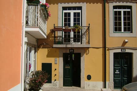 APARTMENT IN THE CENTRE OF CASCAIS