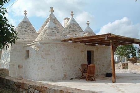 Trullo Figazzano - Cisternino - House