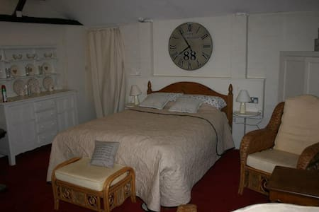 The Lodge at Red house Farm - Stratford Saint Andrew - Bed & Breakfast